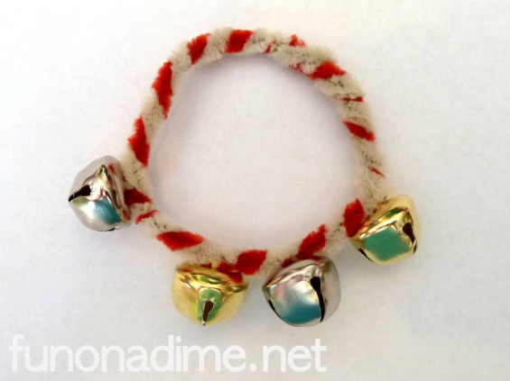 How to make a homemade bell bracelet